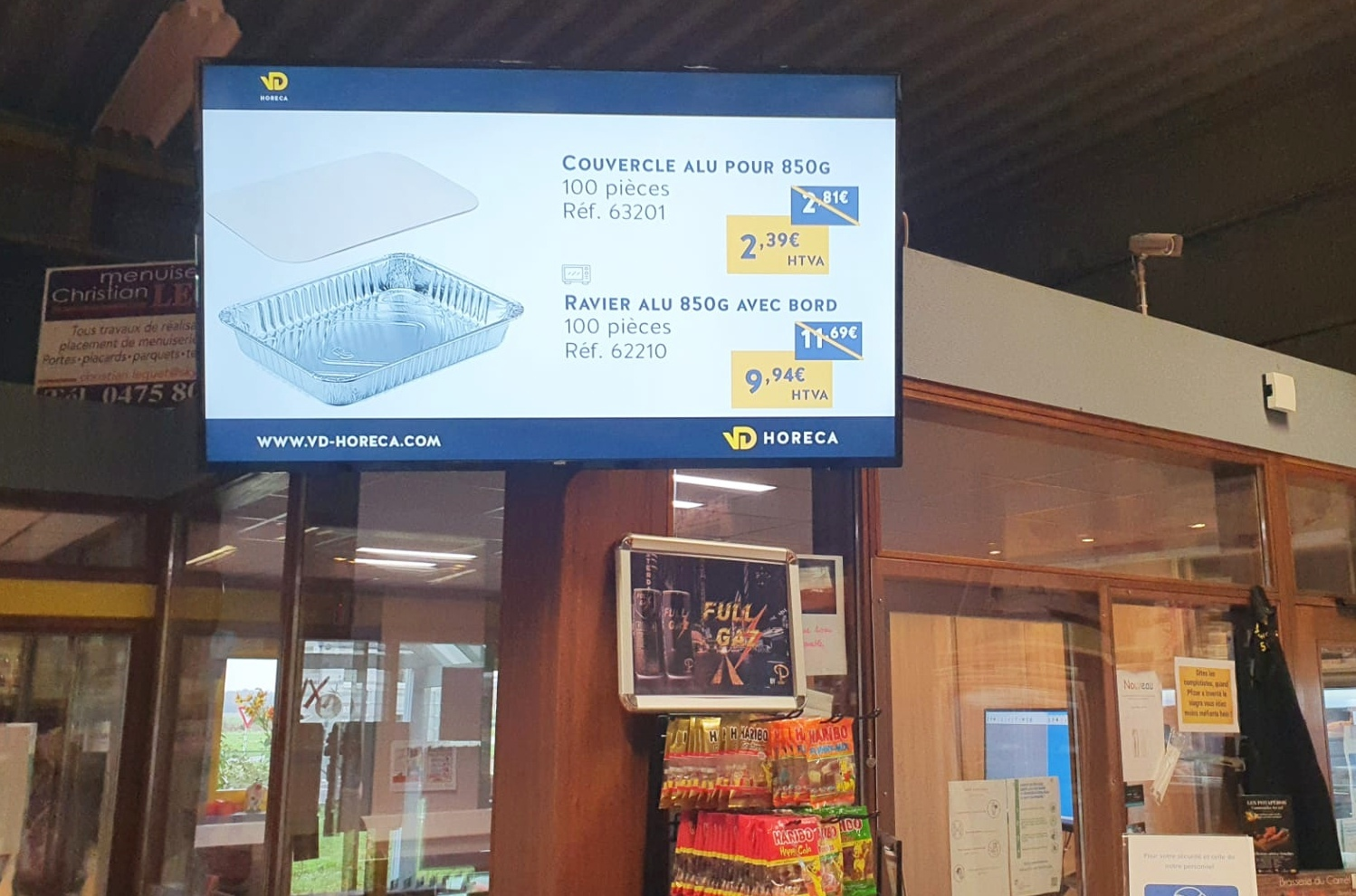 Digital Signage and POS in stores