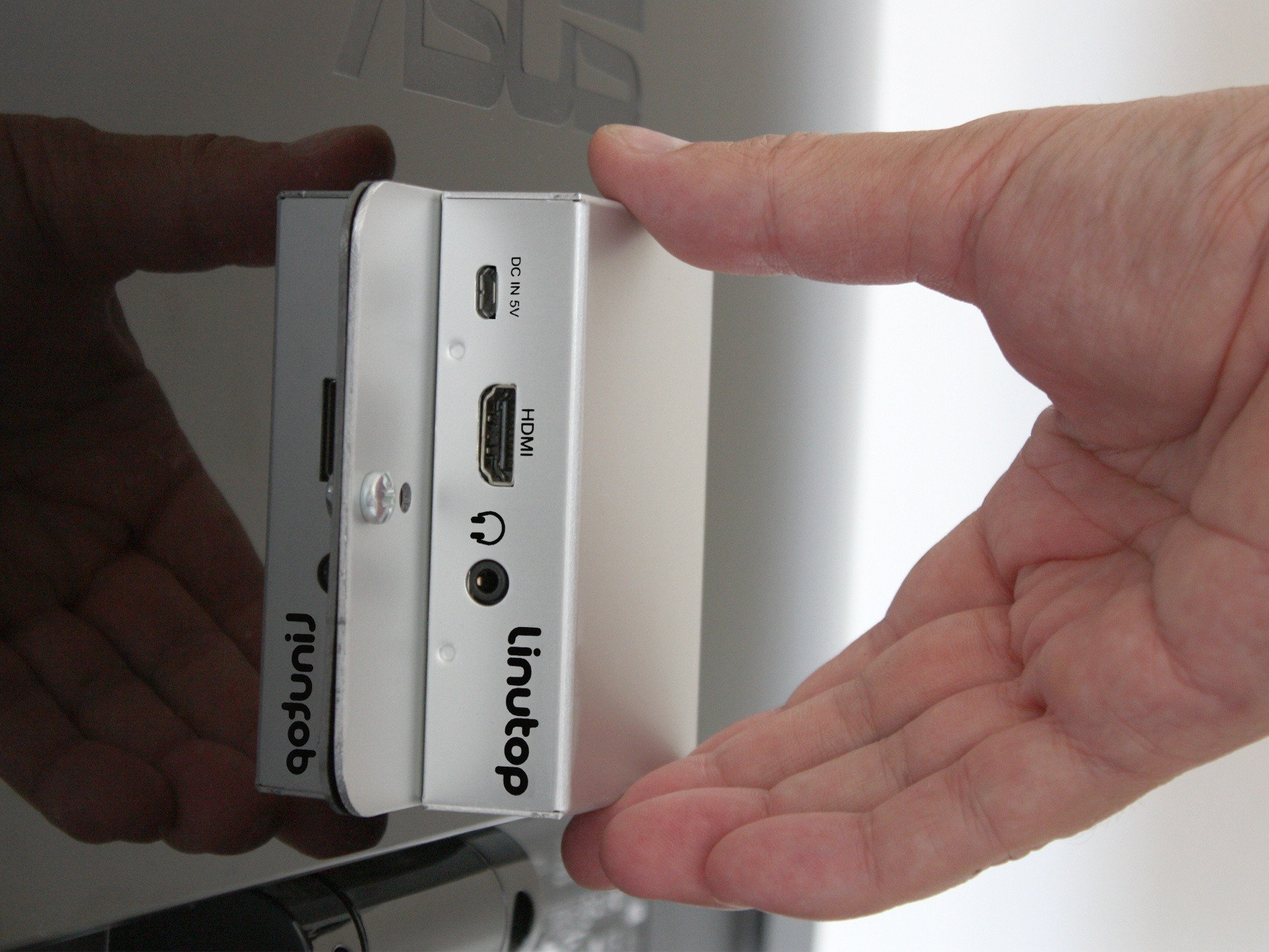 mini pc fanless linutop XS